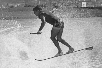 1965: Murphy performs his patented wake helicopter on a slalom ski.
