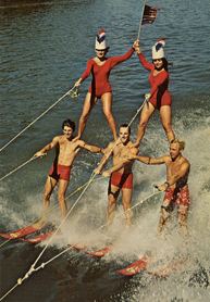 1969_Tommy_Bartlett_Water_Ski_Show_Pyramid