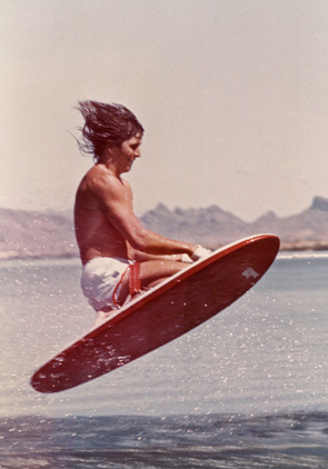 1973_Knee_Ski_WaterSkiing_Kneeboard_Original_First_Jump_Murphy